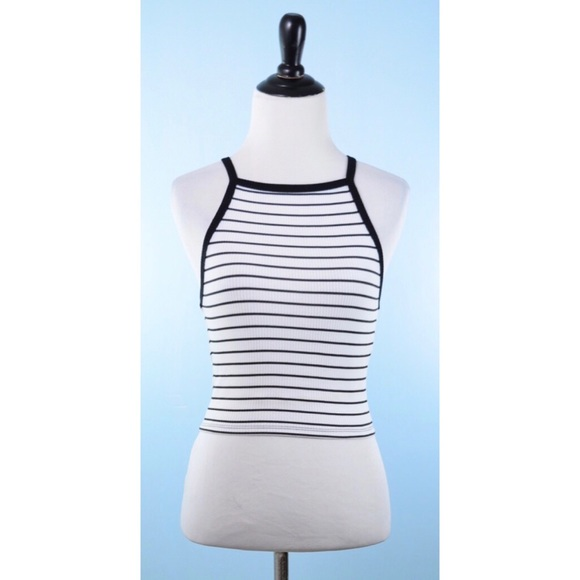 Forever 21 Tops - FOREVER 21 stripe Crop top Small